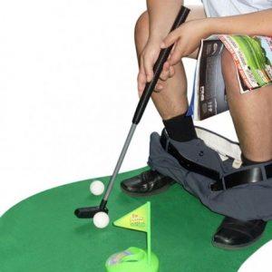 mini-golf toilettes